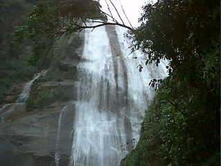 Ilha Bela - Gato Waterfall